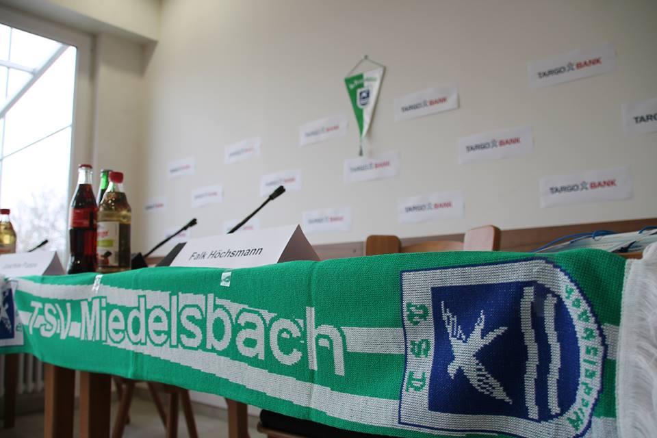 Pressekonferenz Bambini Aktive Fussball Targobank Auffrischprämie Werder Bremene Freundschaftsspiel